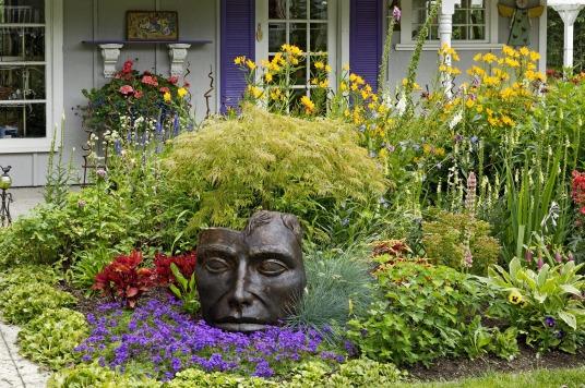 high_res_face_in_garden